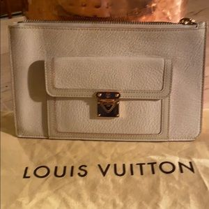 Louis Vuitton Suhali wallet off white